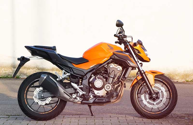 Zweirad-Toms-Fahrschule-Honda-Motorrad